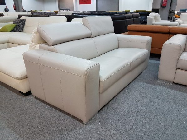Valódi bőr kanapé