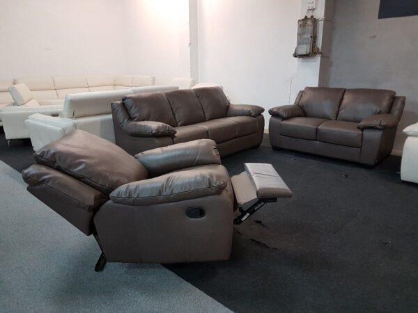 Softaly U 092 bőr kanapé és manuális relax fotel